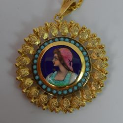 Impressive-22ct-Gold-Large-Enamel-Turquoise-Pendant-22-Long-Chain-d1573-162363918110-2